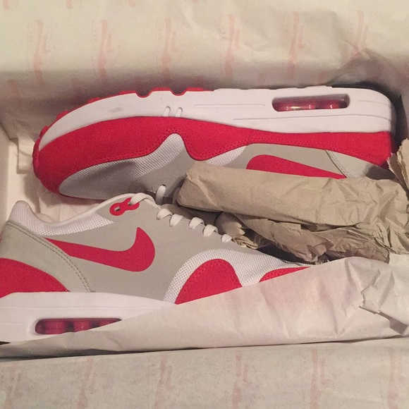 outlet store ae009 ff958 Air Max Day Sneakers - Nike - Hard to find!